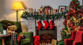 Come decorare gli interni per Natale, secondo le tendenze 2020 ?