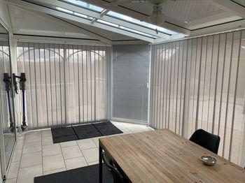 Le nostre tende a bande verticali installate dal nostro cliente