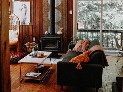Quali tende e tendaggi scegliere per una casa rustica ?