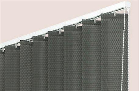 tende a bande verticali su misura. Black Bedroom Furniture Sets. Home Design Ideas